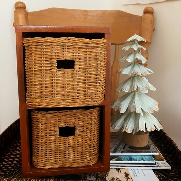 QUEEN's GAMBIT | Wooden wicker organizer